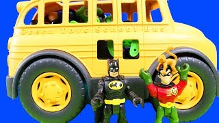 Download Imaginext Super Heroes & Batman Take A School Bus To The Zoo And Hulk Feeds The Penguins Video