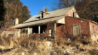 Download Abandoned HOUSE Found COINS & Strange Old CAR/ Vehicle left behind Video