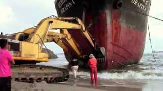 Download Oil Tanker Orapin 4, Salvage Operation in Thailand Video