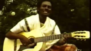 Download Ijaan Nalaalte - በአይኗ አይታኝ - Abitew Kebede Original song Video