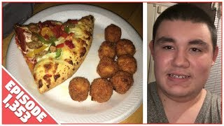 Download HAVING PIZZA AND WINGS YUM!! - August 31,2017 (Day 1,353) Video