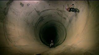 Download BMX Full Loop Attempt - Red Bull Full Pipe part 3 Video