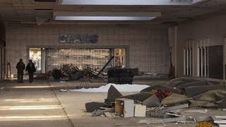Download American shopping malls struggle to survive Video