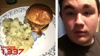 Download HAVING CHICKEN BURGERS YUM!! - August 14,2017 (Day 1,337) Video