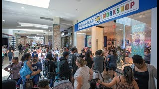 Download 'Overwhelming' crowds at Build-A-Bear stores Video