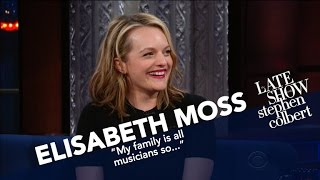 Download Elisabeth Moss Describes A 'Fictional' Totalitarian, Right-Wing Regime Video