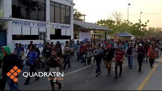 Download Caravana de migrantes de cubanos y centroamericanos llegar a Mapastepec Video