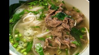 Download How to make Vietnamese Beef Pho noodles recipe - Cach nau pho bo Video