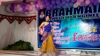 Download girl rocking dance by pawankalyan song Video