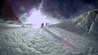 Download DEATH ZONE: Cleaning Mount Everest (Official Trailer) Video