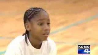 Download Amazing 11 year old athlete Video