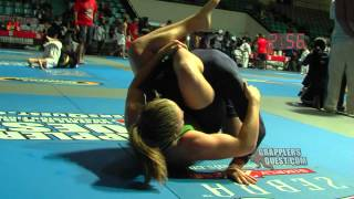 Download Girl Triangles Boy - Amanda Leve vs Justin O'Connor at Grapplers Quest No Gi BJJ Grappling Video