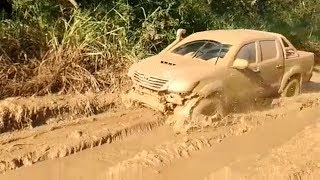 Download Best Toyota HILUX 4x4 Truck Extreme Off Road | Hilux In USA Action Video