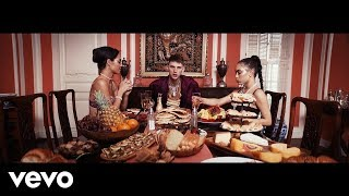 Download Machine Gun Kelly - Trap Paris ft. Quavo, Ty Dolla $ign Video
