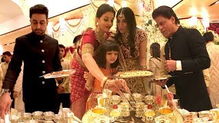 Download Bollywood Celebs Serving Food At Isha Ambani's WEDDING- SRK,Aishwrya,Abhishekh,Amitabh,Aamir Video