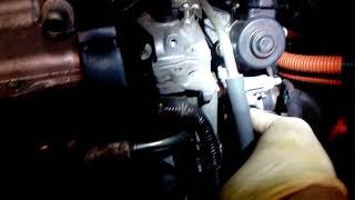 Download 2-Снятие патрубка, клапана EGR Приус 30 Video