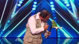 Download America's Got Talent S09E06 Joe the Birdman & Tika Talking Bird Act Video