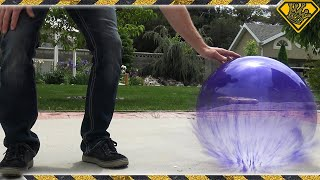 Download What happens if you fill a Balloon with Liquid Nitrogen? Video