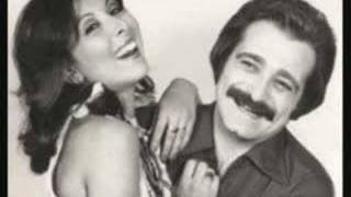 Download Güzin ile Baha - Genclik Basimda Duman (1975) Video