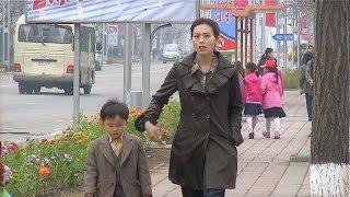 Download Pyongyang: City people-North Korea 北朝鮮で生活する人々(平壌の世界001) Video