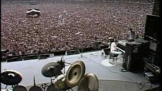 Download Queen - (1985) Bohemian Rhapsody / Radio Ga-Ga / Hammer To Fall (Live Aid) Video