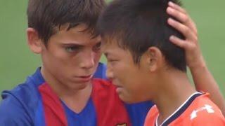 Download Barcelona Youth Soccer Team's Heartwarming Sportsmanship (VIDEO) Video