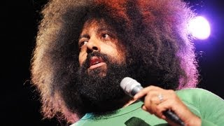 Download Reggie Watts disorients you in the most entertaining way Video