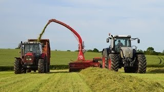 Download Fendt 936 & JF-Stoll 1460 Trailed Forager Video