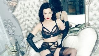 Download Dita Von Teese's Lingerie Shopping Tips Video