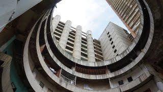 Download Occupy Tower: Living in the world's tallest slum - the ″Tower of David″ Video