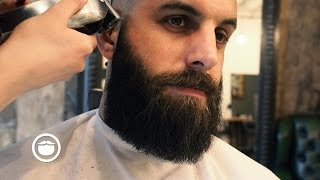 Download How To Shape and Maintain a Square Beard Video