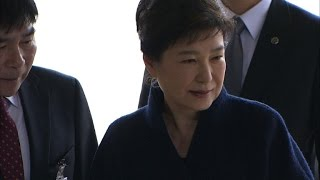 Download S.Korean ex-president Park interrogated by prosecutors Video