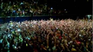 Download Avicii - Penn State University - Zombie Nation (Encore) Video