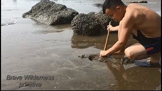 Download Primitive Technology : Skills to find food seafood | Wilderness Technology Video