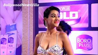 Download Nia Sharma in a SHOCKING REVEALING Dress at Zee Gold Awards 2016. Video