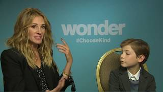 Download WONDER Interview: Julia Roberts and Jacob Tremblay Video