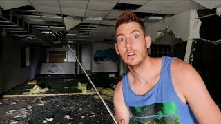 Download ABANDONED ARCADE BUILDING! Video