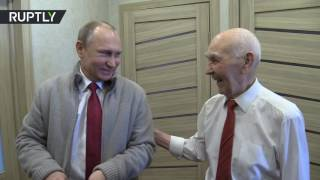 Download Putin visits his former KGB boss on his 90th birthday Video