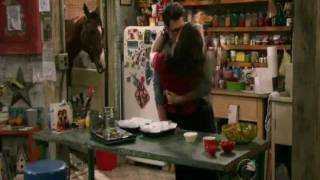Download 2 Broke Girls- Max and Johnny kissed again S1x9 Video