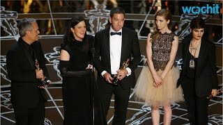 Download Edward Snowden's Girlfriend Appears on Stage for 'Citizenfour' Win at the Oscars Video