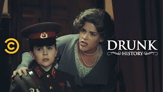Download Eleanor Roosevelt's Friendship with a Deadly Soviet Sniper (feat. Busy Philipps) - Drunk History Video