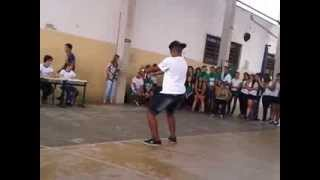 Download guilherme dançando funk na escola Video