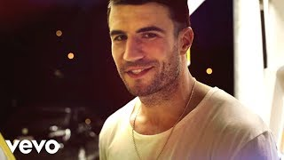 Download Sam Hunt - Leave The Night On Video