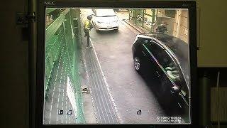 Download 神戸の発砲事件の現場近くに設置された防犯カメラの映像 射殺された男性はボディーガード役か Video