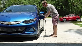 Download Why I bought the 2018 Chevy Volt instead of the Tesla Model 3 Video