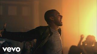 Download Usher - DJ Got Us Fallin' In Love ft. Pitbull Video