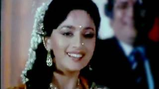 Download Sare Ladkonki Kardo Shaadi - Madhuri Dixit, Deewana Mujh Sa Nahin Song Video