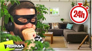 Download I STAYED in a STRANGERS House for 24 HOURS and they didn't KNOW! (Thief Simulator #8) Video