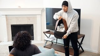 Download Extreme Bank Robbery Prank!! Video
