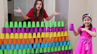 Download Jannie Builds COLORFUL Cup Wall & Pretend Play w/ Ice Cream Toys Video